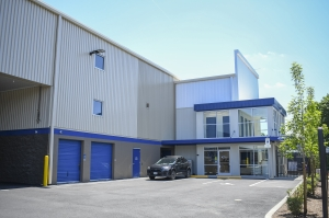 Image of West Coast Self-Storage 17th & McLoughlin Facility on 4970 Southeast 16th Avenue  in Portland, OR - View 3