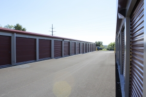 Budget Store and Lock ( Oakview 2 ) - Photo 5