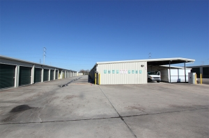 Picture of iStorage Houston - Wallsville Rd.