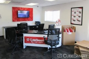 CubeSmart Self Storage - Norcross - 5985 S Norcross Tucker Rd - Photo 5
