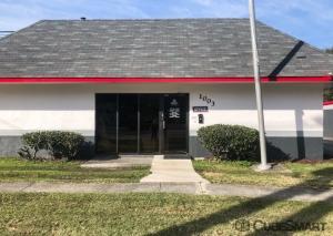 Image of CubeSmart Self Storage - Charleston - 1003 Folly Rd Facility at 1003 Folly Rd  Charleston, SC