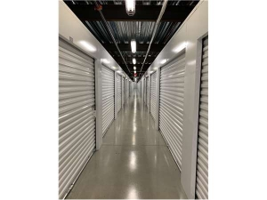 Extra Space Storage - Auburndale - Rumford Ave - Photo 3