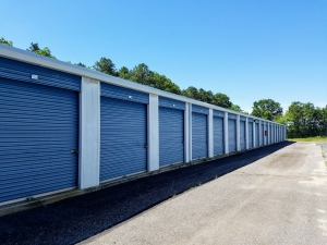 Columbia Self Storage - Galloway - Photo 2