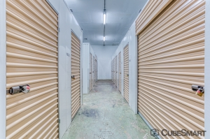 CubeSmart Self Storage - Gulfport - Photo 4