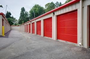 Image of 10 Federal Self Storage -1000 Palmer Plaza Ln, Charlotte, NC 28211 Facility on 1000 Palmer Plaza Lane  in Charlotte, NC - View 4
