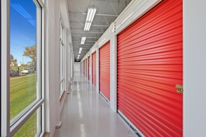 US Storage Centers - Minneapolis - Photo 9