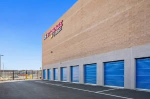 US Storage Centers - Compton - Photo 2
