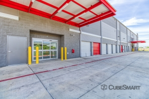 CubeSmart Self Storage - San Antonio - 1426 N. PanAm EXPY - Photo 6