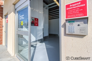 CubeSmart Self Storage - Lakewood - 6206 W. Alameda Ave. - Photo 8