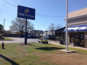 Life Storage - Columbia - 7437 Garners Ferry Road - Photo 4