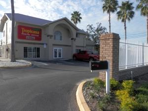 Image of Tropicana Mini Storage Facility at 220 Belcher Road  Largo, FL