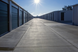 Hilbers Jones Properties - Erle Road Self-Storage - Photo 3
