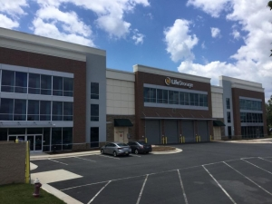 Image of Life Storage - Chantilly - 43735 Eastgate View Drive Facility on 43735 Eastgate View Drive  in Chantilly, VA - View 4