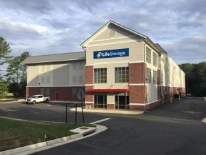 Image of Life Storage - Midlothian - 6500 Branch Point Drive Facility on 6500 Branch Point Drive  in Midlothian, VA - View 3