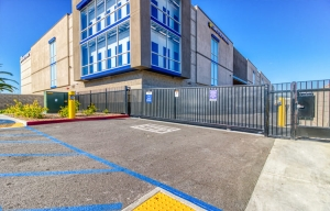 Simply Self Storage - 13461 Rosecrans Avenue - Santa Fe Springs - Photo 9