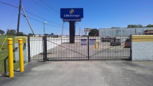 Life Storage - Baton Rouge - 10770 Jefferson Highway - Photo 5