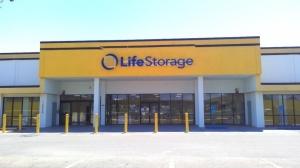 Life Storage - Baton Rouge - 10770 Jefferson Highway - Photo 1
