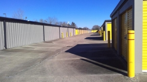 Life Storage - Baton Rouge - 10811 Coursey Boulevard - Photo 2