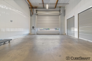 Image of CubeSmart Self Storage - AZ Phoenix West Greenway Road Facility on 3401 West Greenway Road  in Phoenix, AZ - View 4