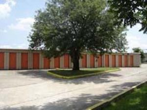 Loop 610 Storage - Photo 4
