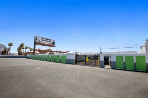 Image of US Storage Centers – Las Vegas – Boulder Facility on 4180 Boulder Highway  in Las Vegas, NV - View 3
