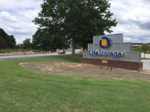 Life Storage - Stone Mountain - 2055 West Park Place Boulevard - Photo 6