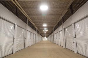 LockBox Storage - Midtown - 72nd and Dodge - Photo 5