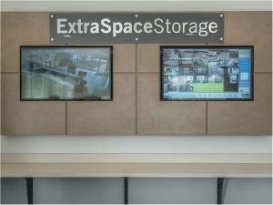 Extra Space Storage - Glen Ellyn - Main Street - Photo 5