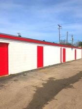 Image of UStorage USA Facility on 215 East Hamilton Street  in Houston, TX - View 3