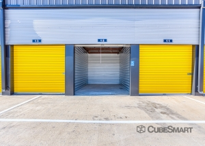 Image of Bee Safe Storage - Pflugerville - 1205 Wells Branch PKWY Facility on 1205 Wells Branch Parkway  in Pflugerville, TX - View 2