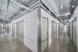 Image of Oak Hill Storage Center Facility on 7901 Texas 71  in Austin, TX - View 4