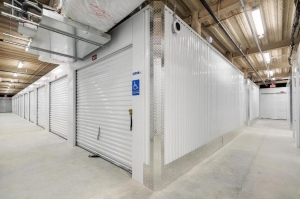 Life Storage - Dania Beach - 850 Stirling Road - Photo 4