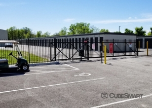 CubeSmart Self Storage - Louisville - 4530 Poplar Level Rd. - Photo 2