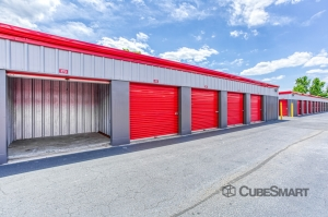 Image of CubeSmart Self Storage - Goose Creek - 1110 Harbour Lake Dr. Facility on 1110 Harbour Lake Drive  in Goose Creek, SC - View 2