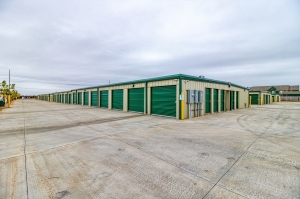 Storage Sense - Edmond - Photo 11