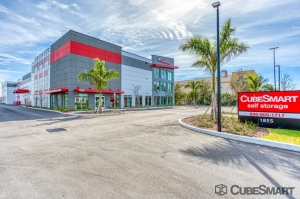 Image of CubeSmart Self Storage - St. Petersburg - 1855 32nd St. N. Facility at 1855 32nd Street North  St. Petersburg, FL