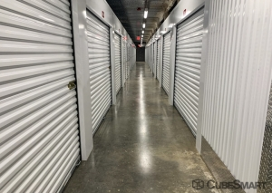 CubeSmart Self Storage - Hillside - Photo 2