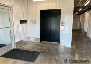 CubeSmart Self Storage - Hillside - Photo 3