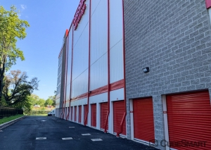 CubeSmart Self Storage - Hillside - Photo 4