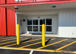 CubeSmart Self Storage - Hillside - Photo 5