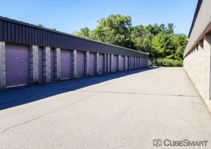 Image of CubeSmart Self Storage - Salisbury - 95 Rabbit Rd. Facility on 95 Rabbit Road  in Salisbury, MA - View 3