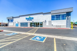 Image of SmartStop Self Storage - Surprise Facility on 13788 West Greenway Road  in Surprise, AZ - View 2