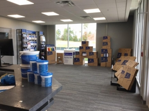 Life Storage - Flowery Branch - 7340 Friendship Springs Blvd - Photo 6