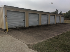 Image of The Storage Place - Tyler Facility on 4044 County Road 384  in Tyler, TX - View 3