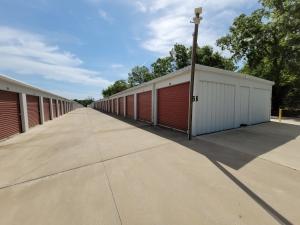 The Storage Place - Flint - Photo 6