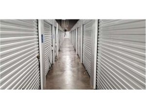 Image of Extra Space Storage - Chattanooga - E 12th St Facility on 824 East 12th Street  in Chattanooga, TN - View 3