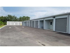 Extra Space Storage - Valrico - 1830 E State Road 60 - Photo 2