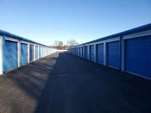 Prime Storage - Bohemia - Lincoln Avenue - Photo 3