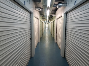 Prime Storage - Bohemia - Lincoln Avenue - Photo 5