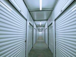 Storage on Geneva - Photo 11